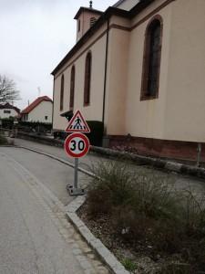 Limitation 30 église